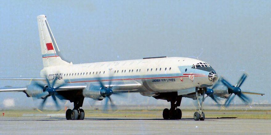 Ту-114: перелетая границы
