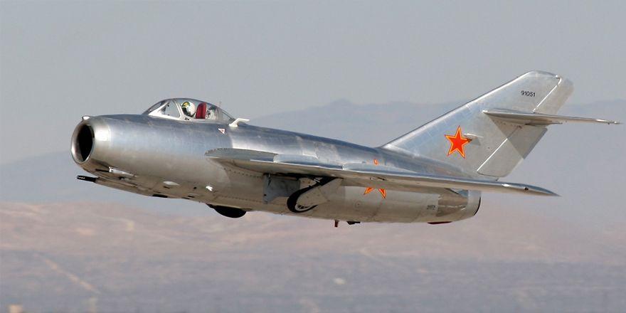 Наиболее массовый реактивный боевой самолёт в истории авиации, состоявший на вооружении многих стран мира