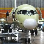 В Ульяновск прибыл первый в 2017 году SSJ 100 для установки интерьера