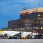 В Шереметьево пассажиры с детьми до трёх лет могут пройти паспортный контроль в приоритетном порядке