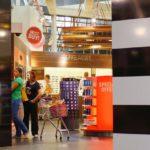 Российские лоукостеры смогут включать в вес ручной клади покупки в магазинах Duty free
