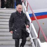 Владимир Путин посетил Казанский авиазавод и посмотрел демонстрационный полёт Ту-160М «Пётр Дейнекин»