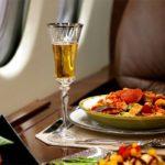 Что думают пассажиры о питании на борту самолёта