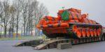 Аэропорт Домодедово приобрёл тягач на базе танка Т-72