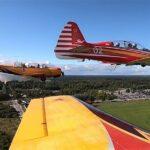 Посетителям форума «Армия-2020» продемонстрировали совместный полёт УТС Як-52 и Як-152