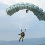 Холдинг «Технодинамика» разработал парашютную систему для десантирования на ограниченные участки